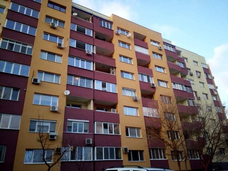 поставяне на мазилки на жилищни сгради
